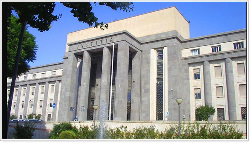 Palazzo di Giustizia Caglari Nera e dintorni